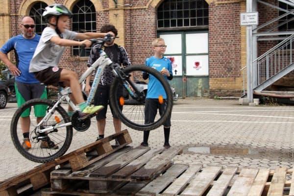 Mountainbike Touren Kurse Training Verein Jugendliche Kinder Köln Bonn Koblenz Siegen Bike kaufen Kaufberatung Fahrtechnik