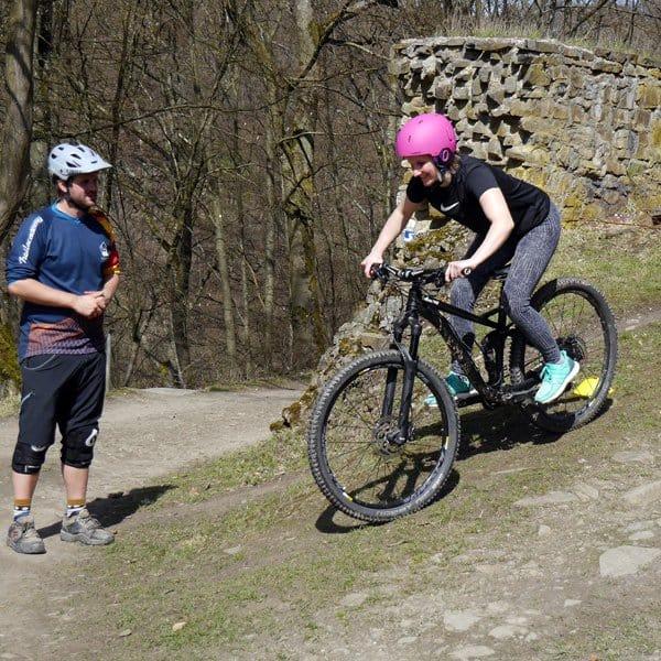 Trailacademy MTB Fahrtechnik Schule - Mountainbike Kurse und Trainings